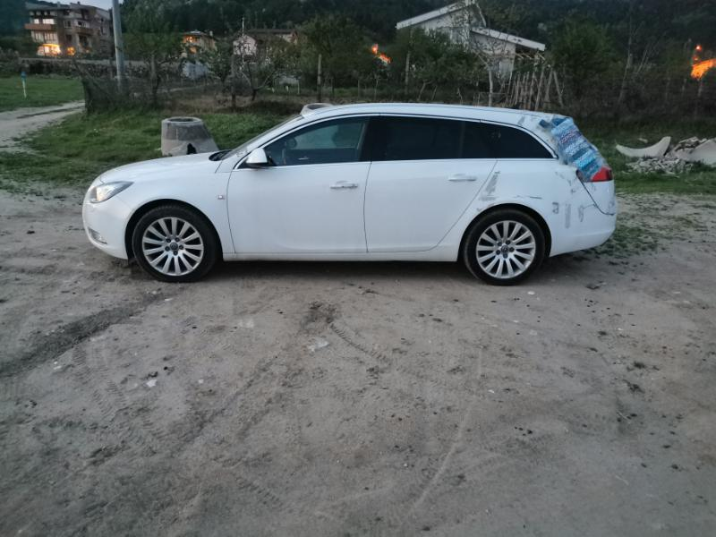 Opel Insignia 2.0d 160 COSMO, снимка 2