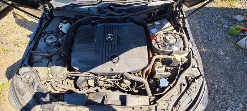 Mercedes-Benz E 300 W212 hibrid, снимка 8