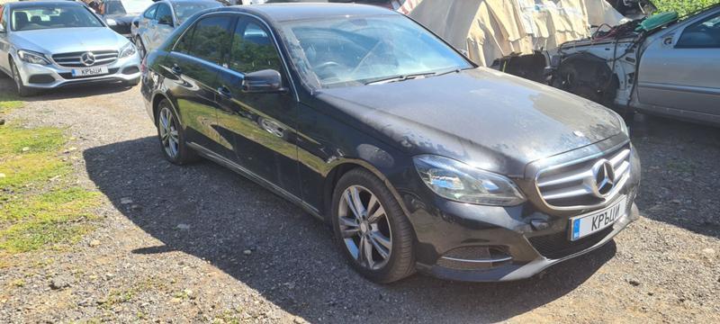 Mercedes-Benz E 300 W212 hibrid, снимка 6