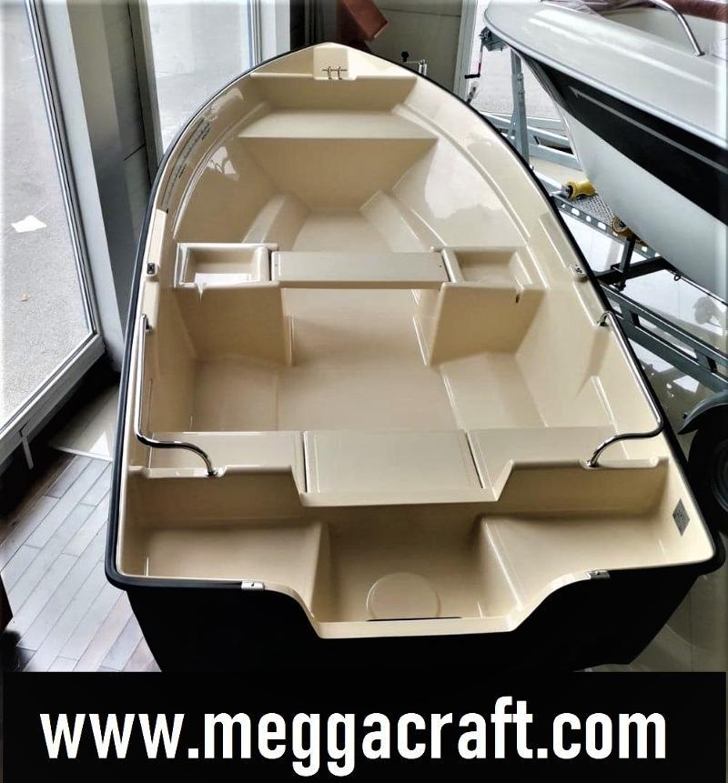 Лодка Собствено производство MEGGACRAFT 440