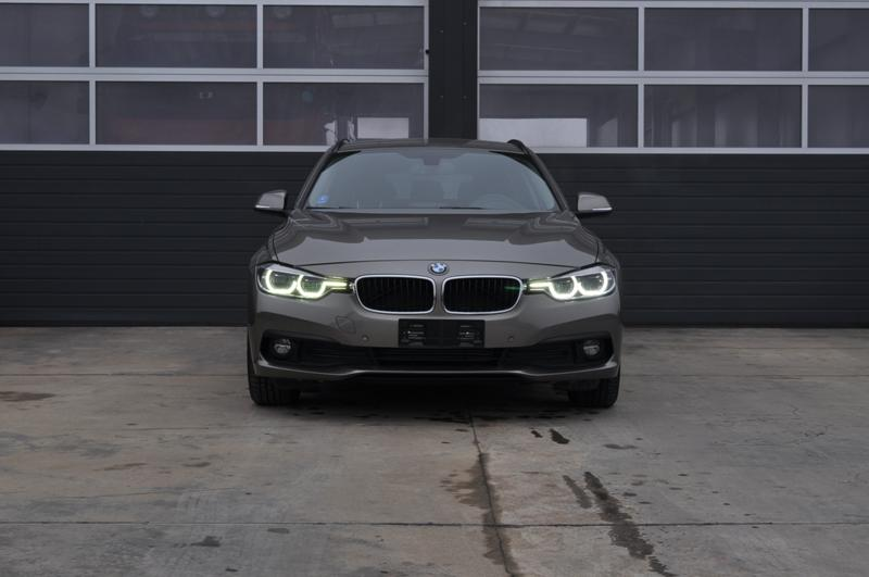 BMW 320 F31