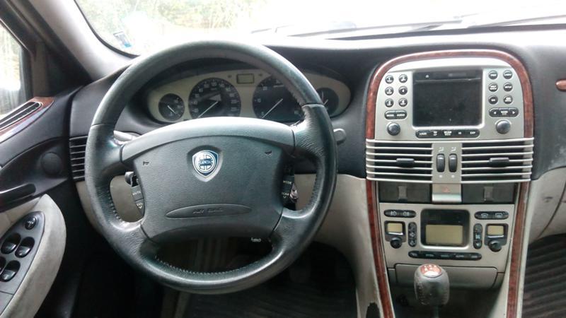 Lancia Lybra 2.4JTD