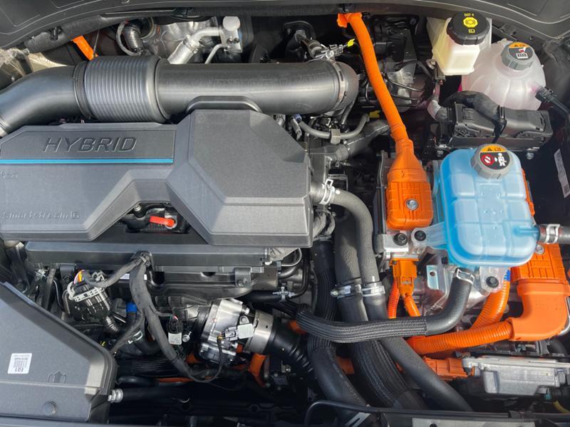 Hyundai Tucson 230к.с./Hibrid/4x4/Premium, снимка 17