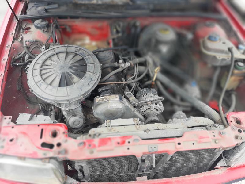 Audi 80 Audi B4 2.0 115 ABK и 2.0 90кс На части, снимка 13